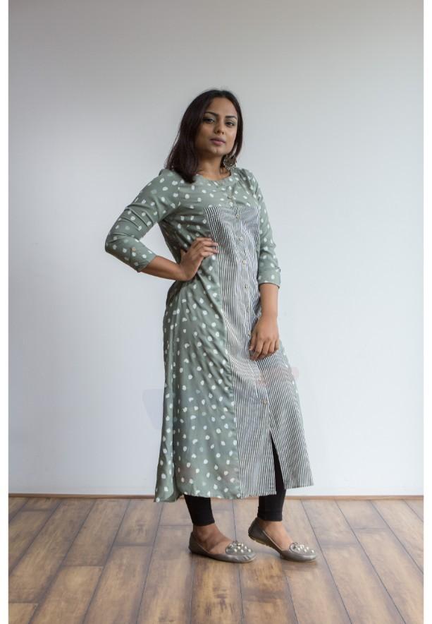 Ruky Fareen Women Long Top Flair Kurti Full Sleeve - RF 207 - XL