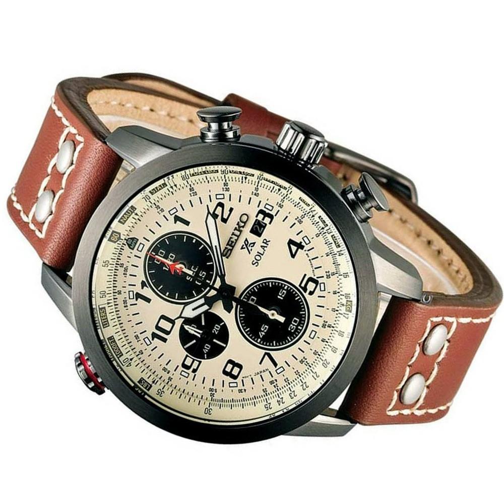 Seiko Men Analog Leather Watch, SSC425P1