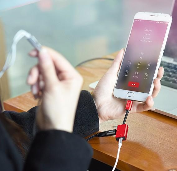 Hoco LS14 Type-C 2-in-1 audio converter, Red