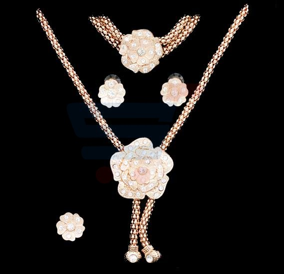 Buy A H 18k Gold Plated Jewelry Set With Flower Design Pendant