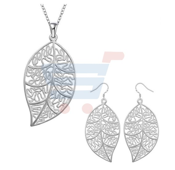 Two Sets Silverware Suit Jewelry