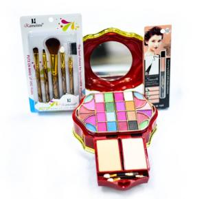 3 in 1 Makeup Kit With Charming Black, Puts On Make UP And Rubs
