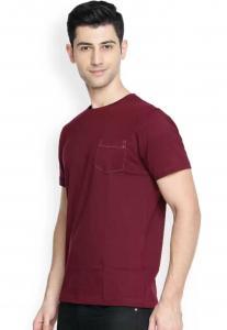 Denvlot Solid Men Round Neck Maroon T-Shirt