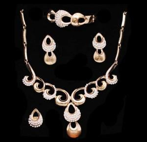 A&H 18K Gold Plated Flowers Wedding Jewelry Sets - 1A110