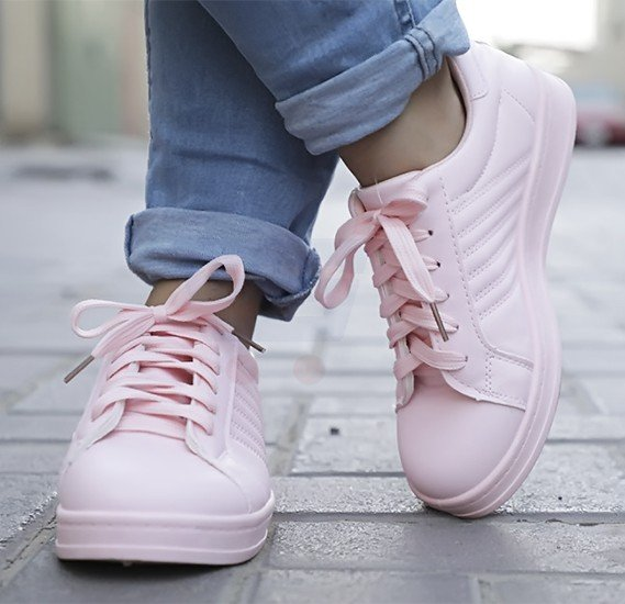 Ladies Sports Shoes Pink Size US 37-L172