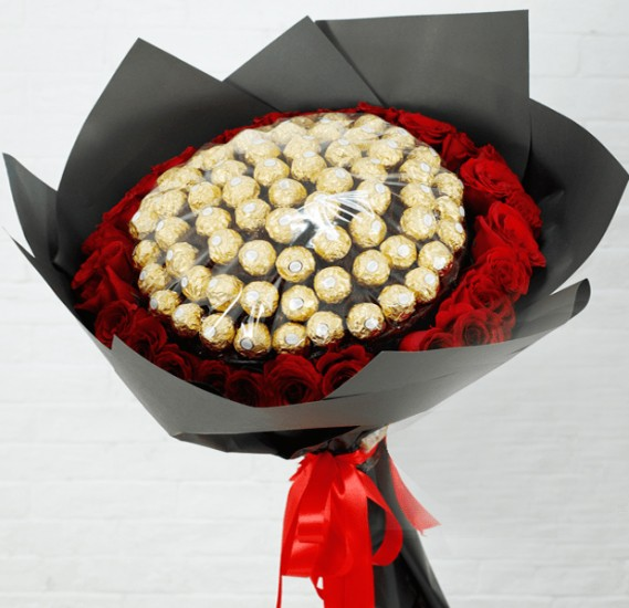 Black Tulip Flowers Premium Red Roses With Ferrero, Bt_Fl_0s73