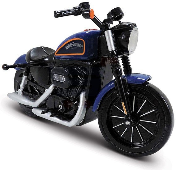 Maisto Tech R/C 6 Inch HD Cycle Sounds Sportster Iron 883 Inclusive Cell Batteries - 81632