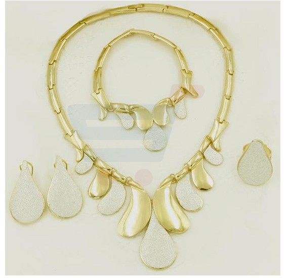Buy Yellow Gold Plated Necklace jewelry Set For Women Online Dubai