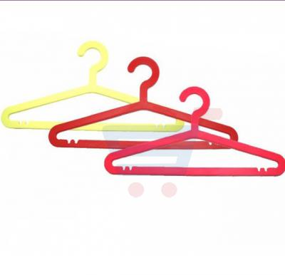 RoyalFord 5 Pieces Plastic Hanger - RF7337