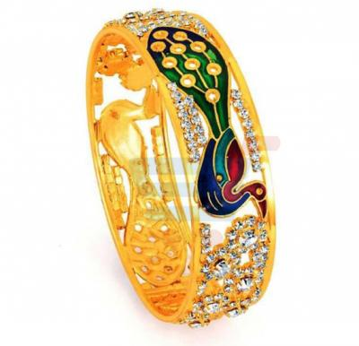 Sukkhi Gold Plated Peacock Crafted CZ Stone Vintage Chunky Bangle For Women
