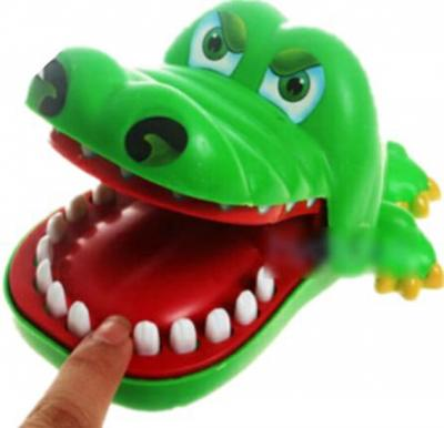Creative Children Kid Crocodile Mouth Dentist Bite Finger Game Funny Toy