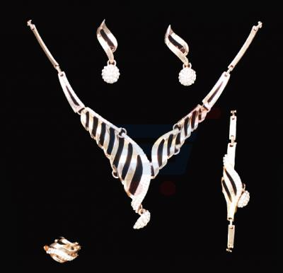 A&H 18K Gold Plated Jewelry Set With Cyrstal Stones  - 1W131